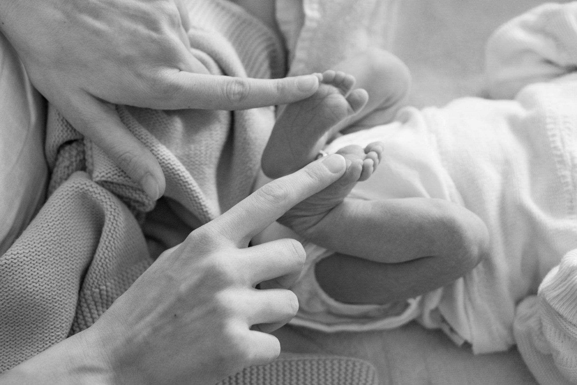Mitä oikeasti tarvitaan, kun vauva tulee taloon?
