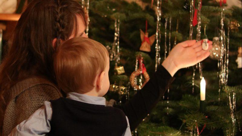 Onnellinen joulu syntyy vähemmälläkin stressaamisella