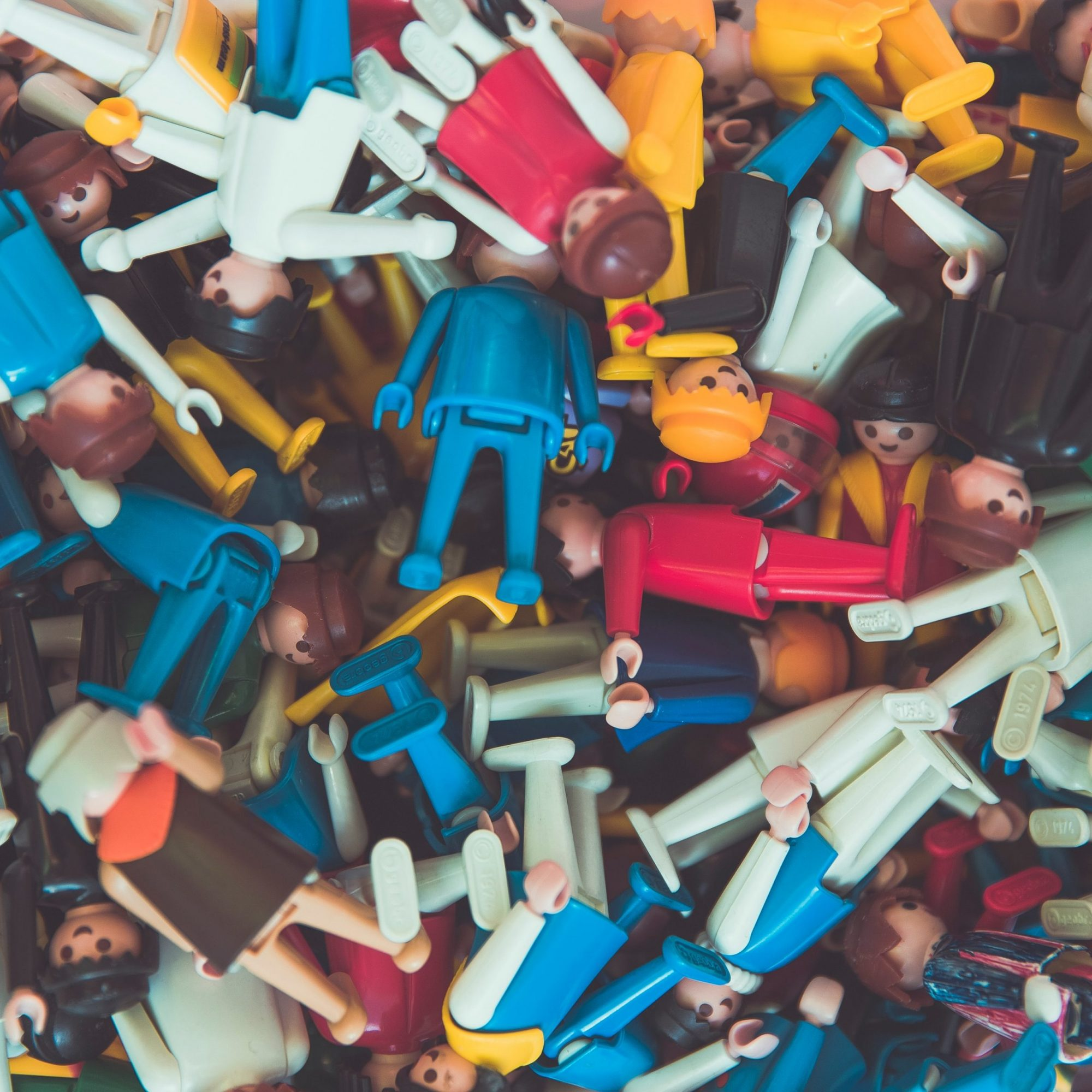 Ruotsalaiset asiantuntijat kehottavat: Lasten ei ole nyt hyvä leikkiä toistensa kodeissa