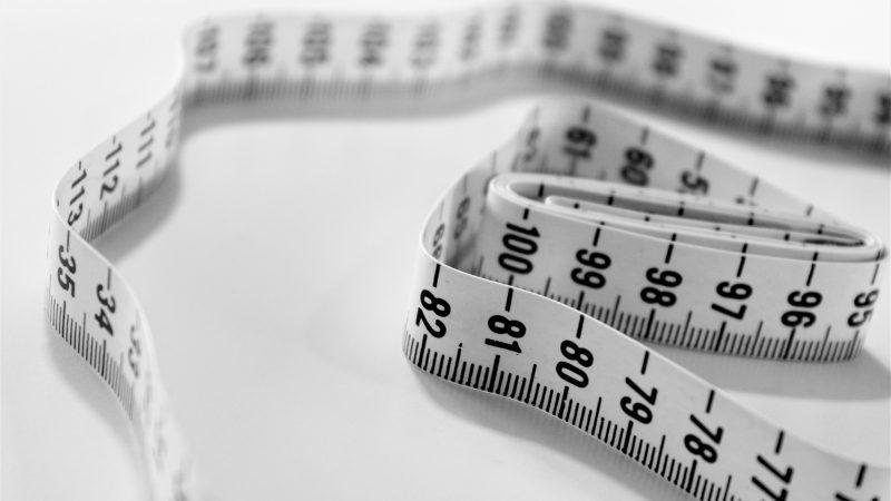 Väitöstutkimus: Perheiden ja kouluterveydenhuollon tiivistä yhteistyötä tulisi kehittää lasten lihavuuden hoitamisessa
