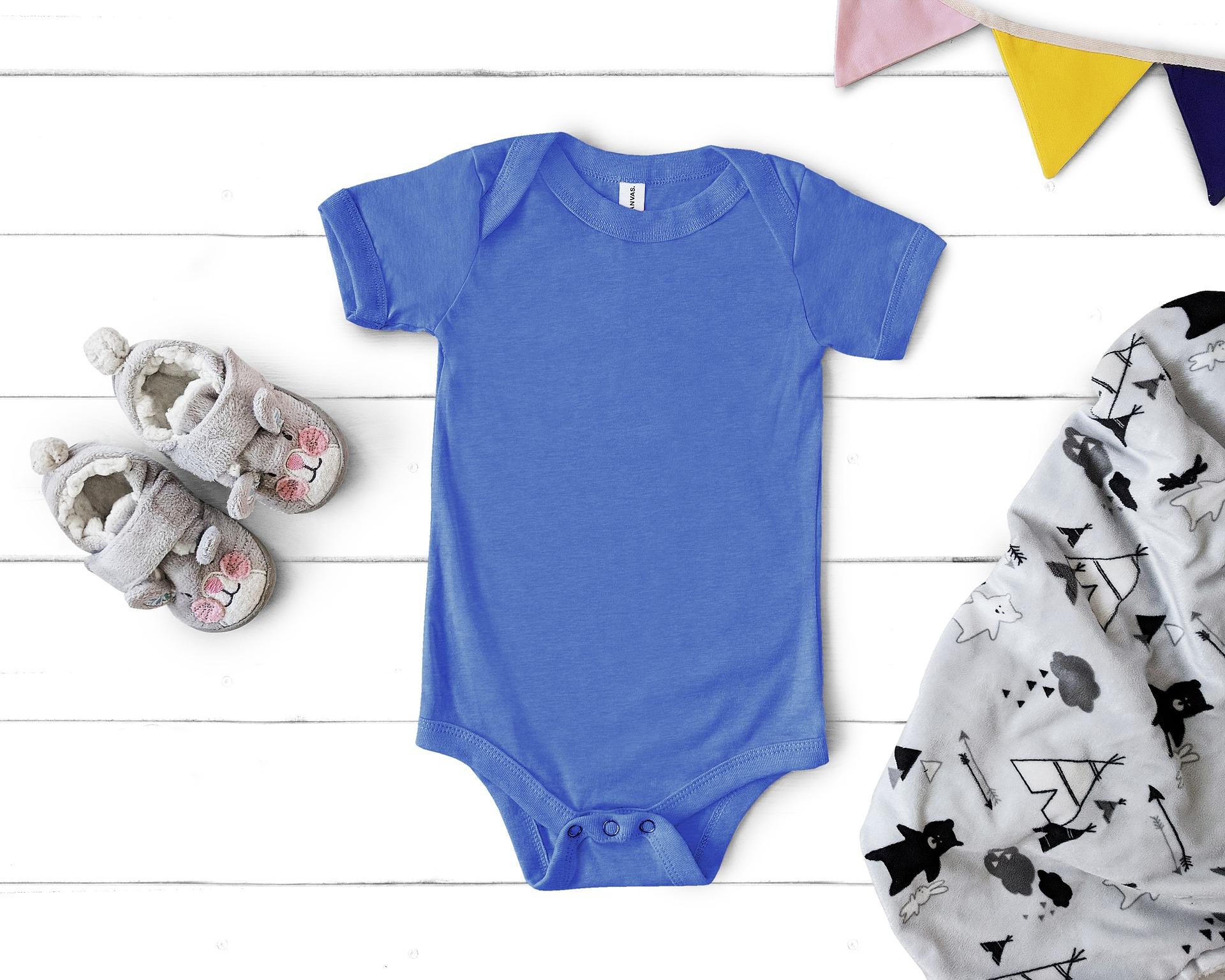 Mitä ovat romper, bonnet tai äp-body? – Lastenvaatesanaston lyhyt oppimäärä