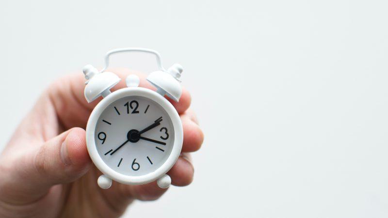 Kilpajuoksua kellon kanssa – Miten kiirettä voi hallita?