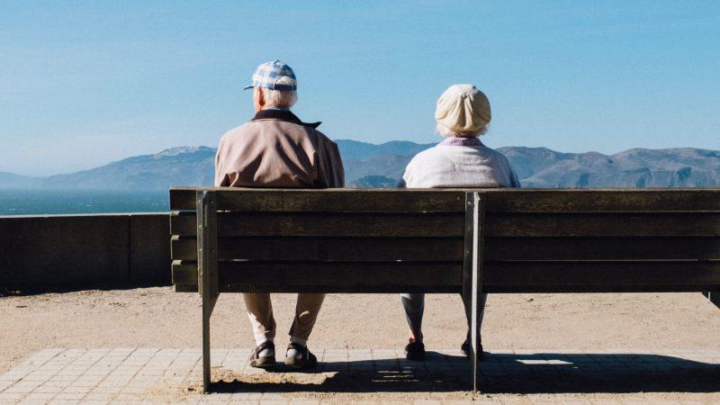 Kun lastenlapset eivät kiinnosta isovanhempia – Tunnetko termit mummokateus tai leasing-mummo?