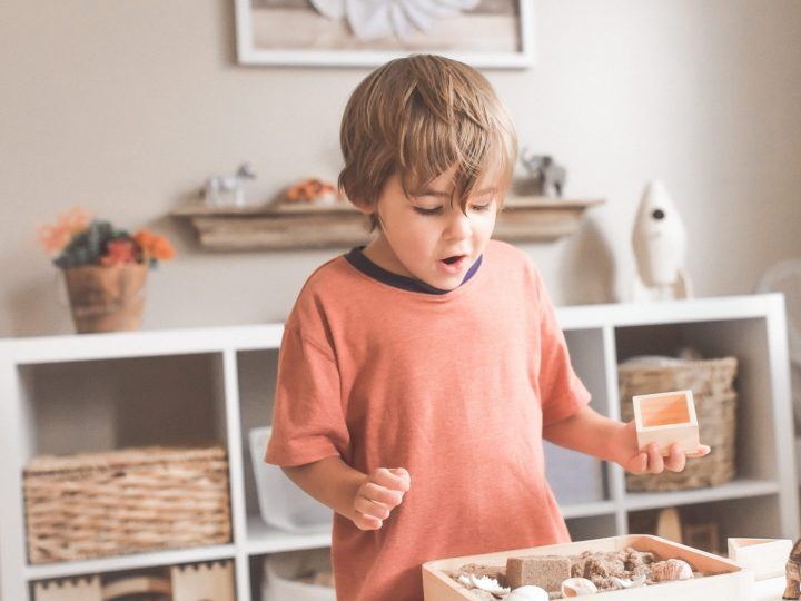 "Montessorikasvatus: ""Auta minua tekemään itse"""