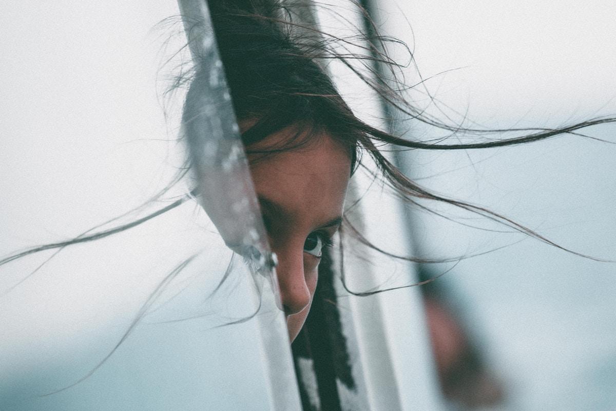 Introvertti lapsi ei ole rikkinäinen, eikä hänestä tarvitse korjata mitään – kuinka tukea intoverttiä lasta