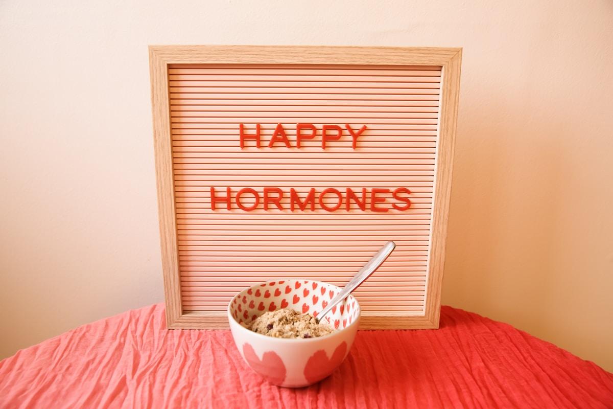 Äiti: pitäisikö kuitenkin mennä tarkistamaan ne hormonit? Merkit jotka eivät ole normaaleja