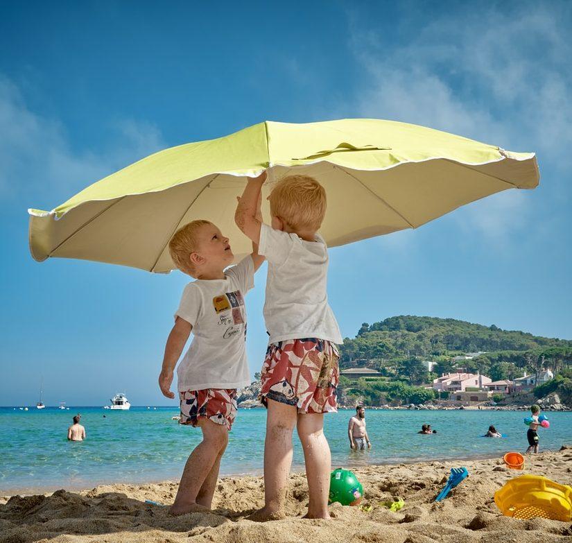 Kesä on täällä: 5+1 sääntöä turvallisempaan auringossa oleiluun
