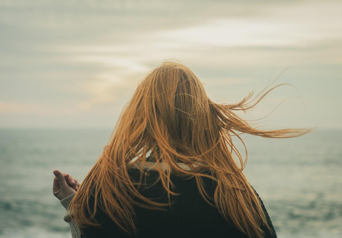 Suruna positiivinen raskaustesti – aborttiin voi olla monia erilaisia syitä, mutta pelko muiden reaktiosta on yleensä aina läsnä