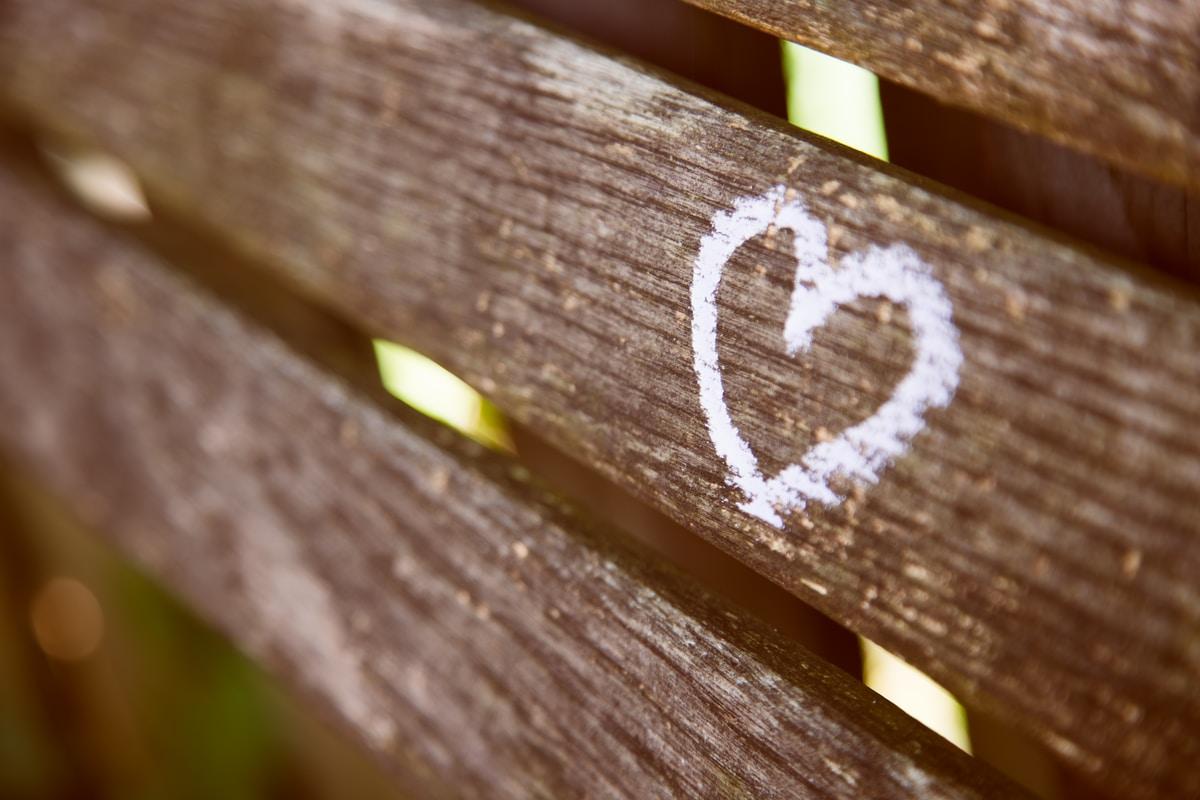 Rakkauden osoittaminen puolisolle arjen kaaoksessa