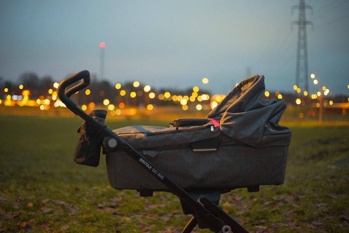 Lastenvaunujen kanssa matkustava on ennen päässyt ilmaiseksi – kohta tilanne voi olla toinen