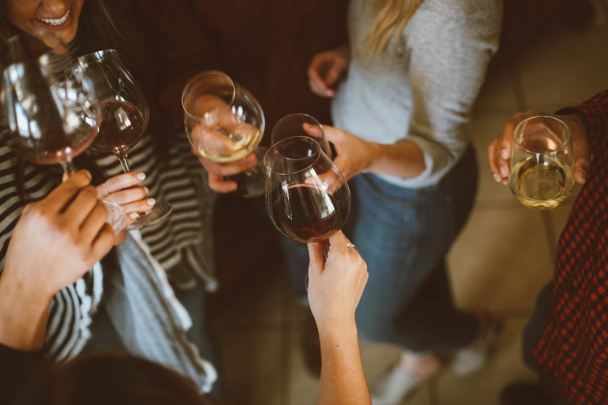 Äiti! Tunnetko morkkista jo yhdestä lasista viiniä? Siihen on tieteellinen syy