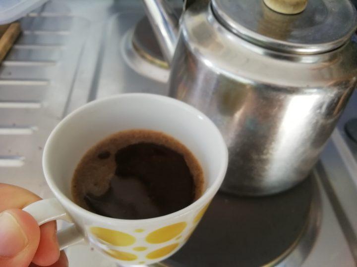 """""""Sisimpäni suorastaan kiljuu kahvia!!"""""""